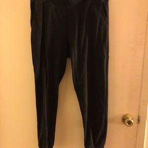 black divided pants